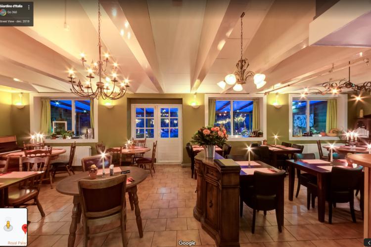 Sprinklerinstallatie controleert brand restaurant